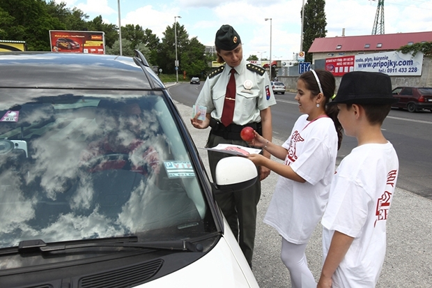 Dopravné predpisy porušila pätina vodičov